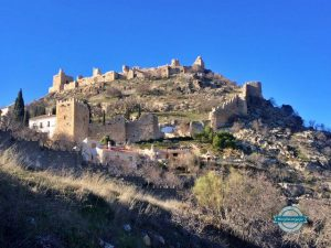 Qué ver y hacer en Moclín, rutas de senderismo y pinturas rupestres