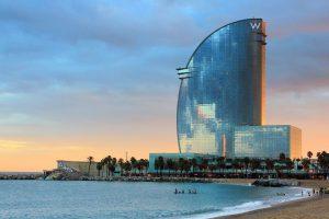 ¿Cómo ir de Madrid a Barcelona en Tren? Ventajas y consejos