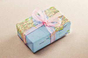 Regalos viajeros para comuniones || Maletas y mochilas para regalos