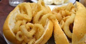 Bocadillos de calamares en Madrid: 3+1 bares donde comerlos