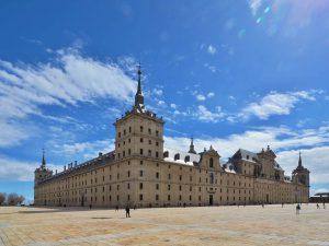 5 destinos recomendados para viajes de fin de curso en España