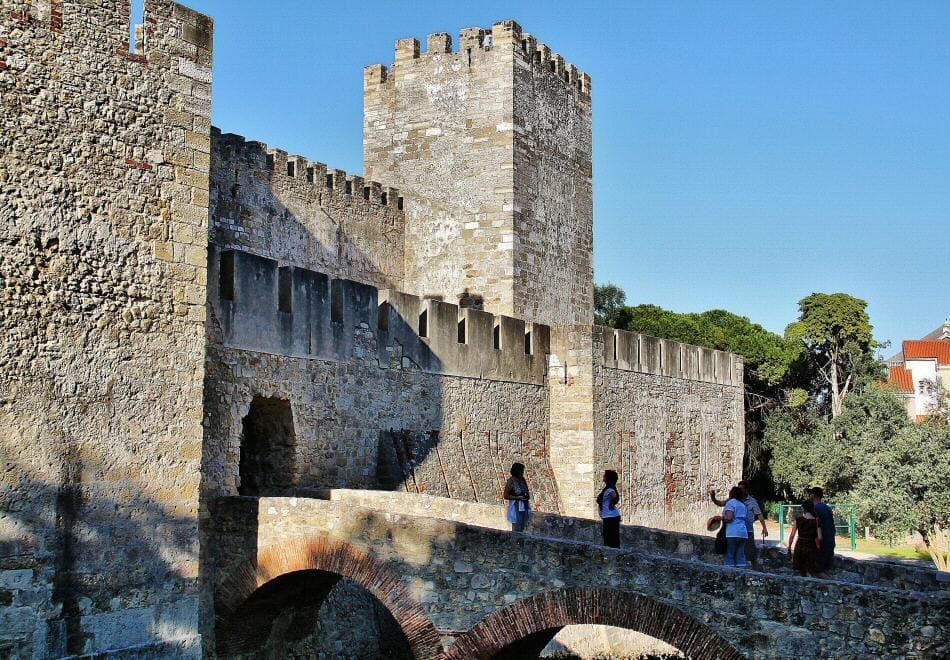 cómo viajar barato a Lisboa