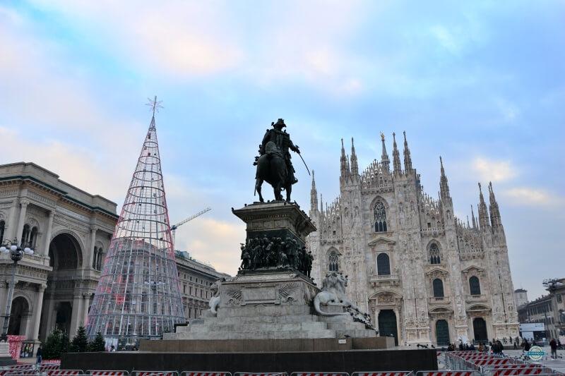 plaza del duomo de Milan